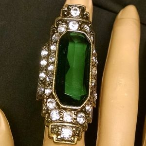 Elegant Enerald Green Stone Rhinestones Ring